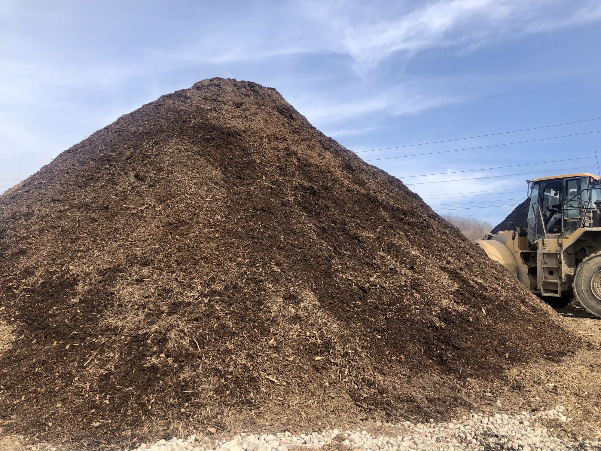 All natural brown mulch in Cleveland, Ohio